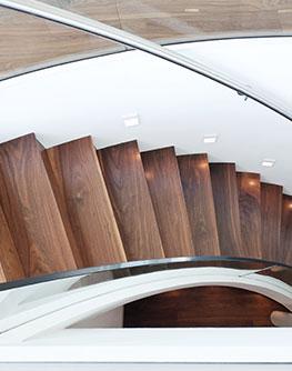 Anleitungen anwendungsberater sch ner wohnen farbe for Holztreppe grau lackieren