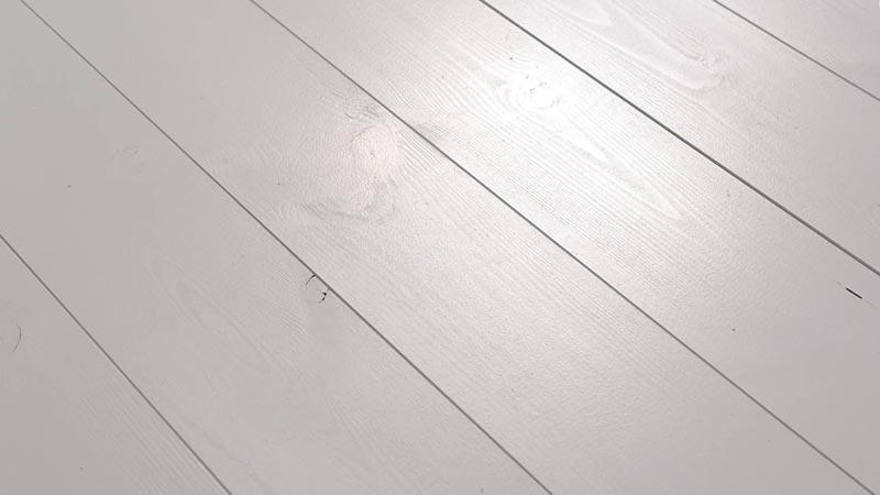 Holzfußboden Streichen Farbe ~ Pep up renovierfarbe für holzböden treppen schÖner wohnen farbe